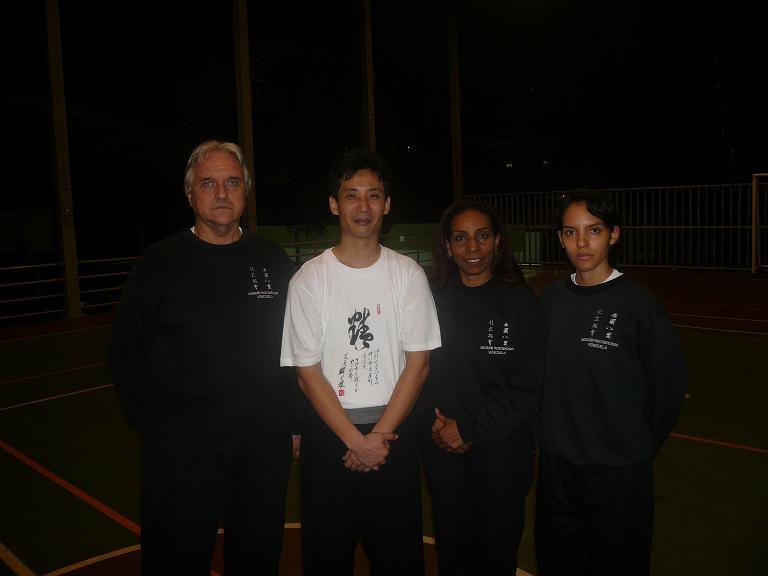 Maestro Chen con Familia Kutos Yriza